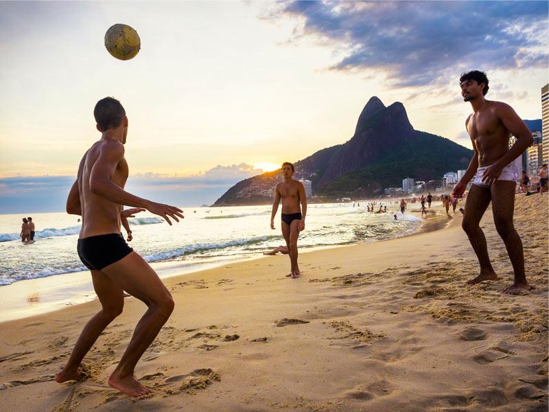 Rio Gay Guide 90
